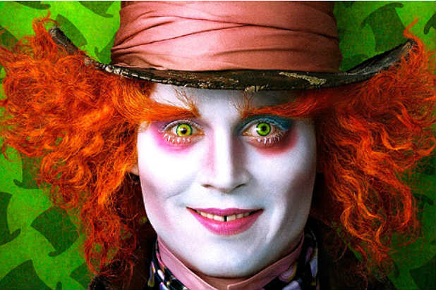 JOHNNY-DEPP-<b>ALICE-IN-WONDERLAND</b>-6181 - JOHNNY-DEPP-ALICE-IN-WONDERLAND-6181